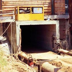 Box Pushing tunnel